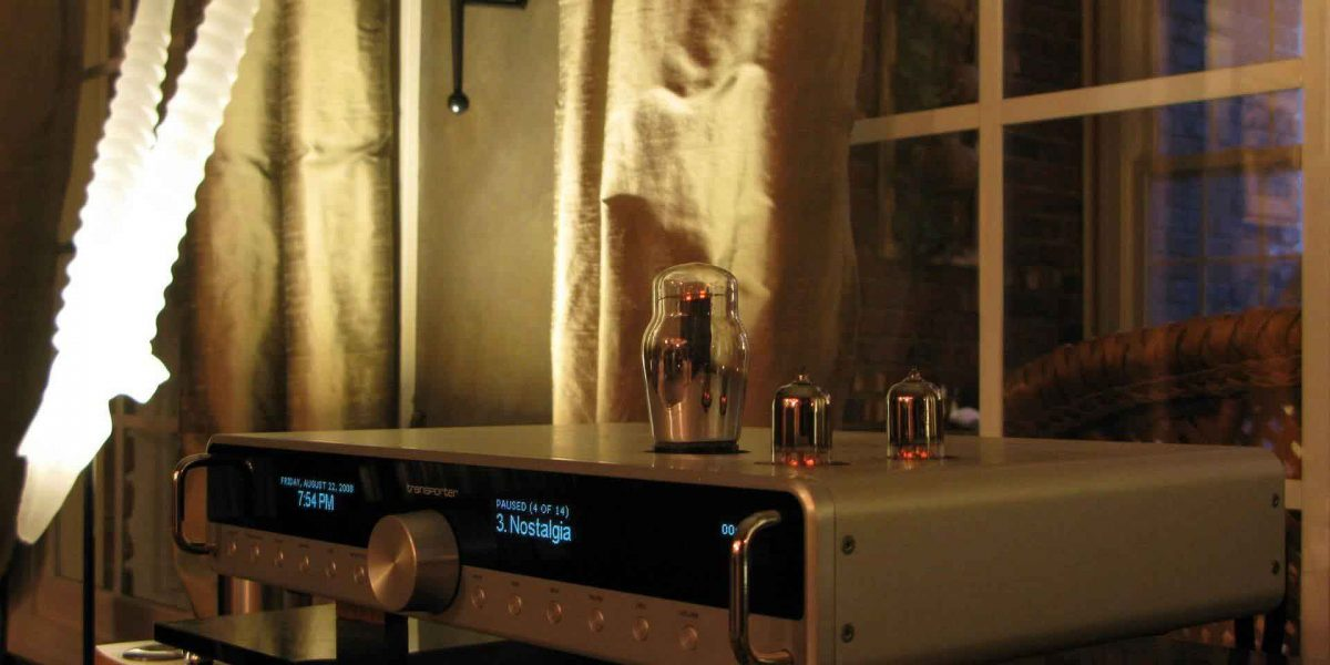 A modified Tranporter Network Music Player using vacuum tubes